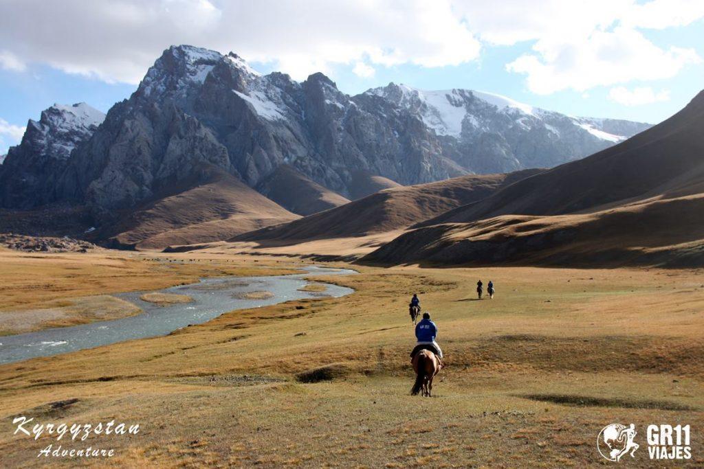 Viaje A Kirguistan En 4x4 Moto 008
