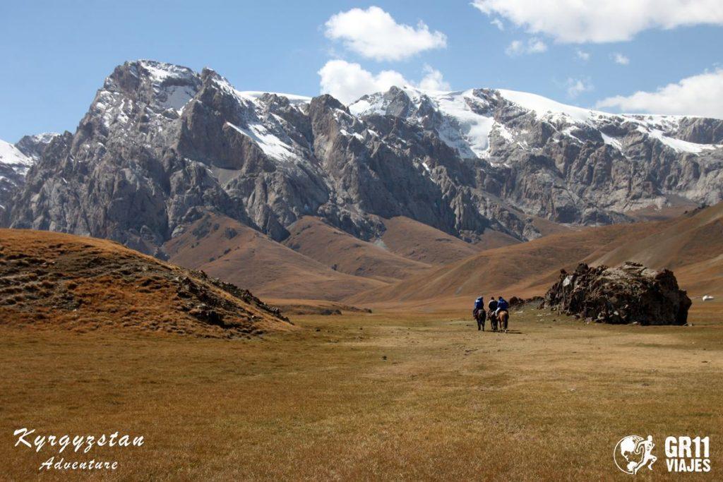 Viaje A Kirguistan En 4x4 Moto 013