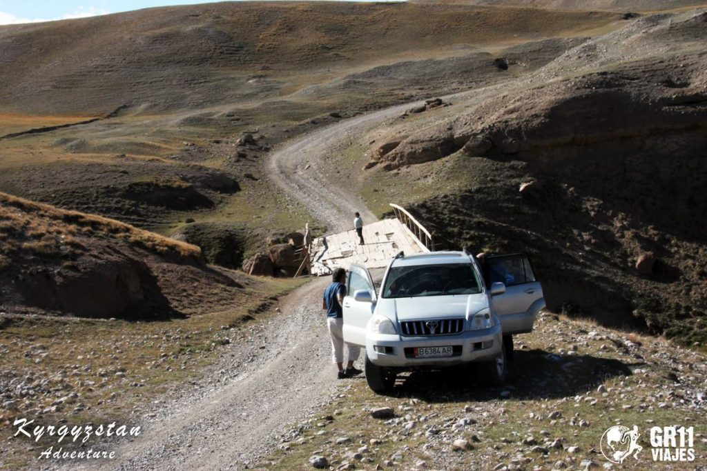 Viaje A Kirguistan En 4x4 Moto 018