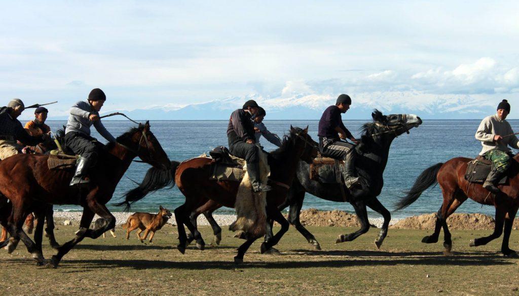 Viaje A Kirguistan En 4x4 Moto 037
