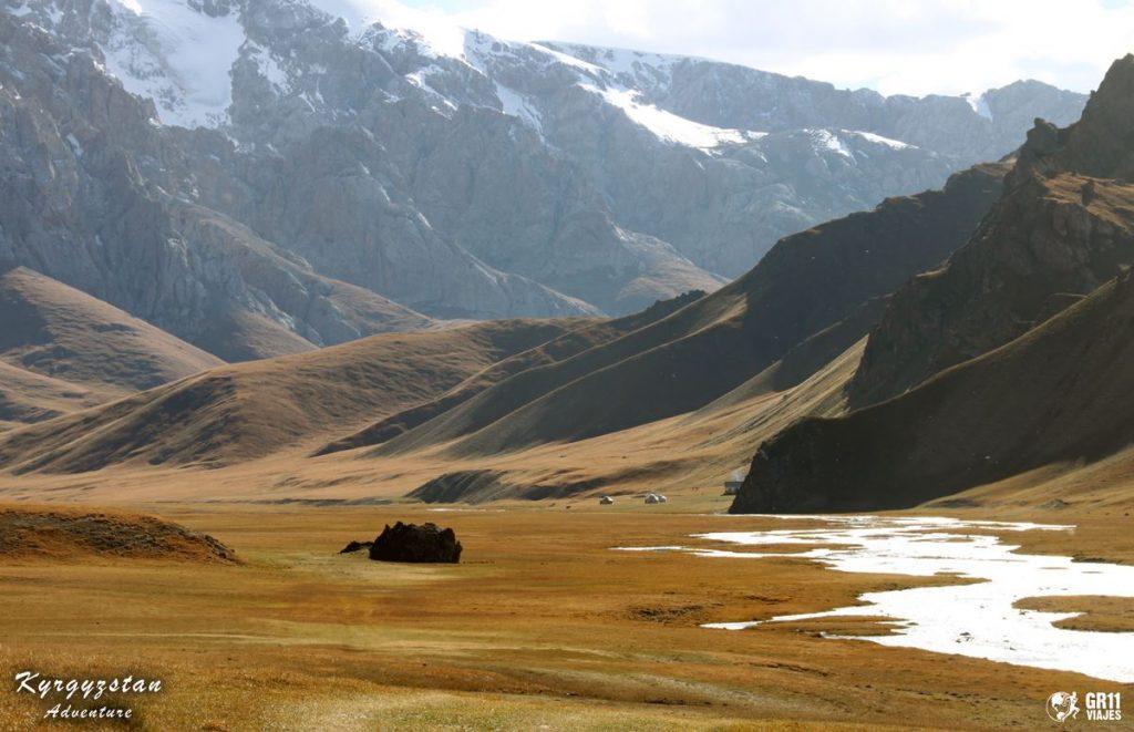 Viaje A Kirguistan En 4x4 Moto 046