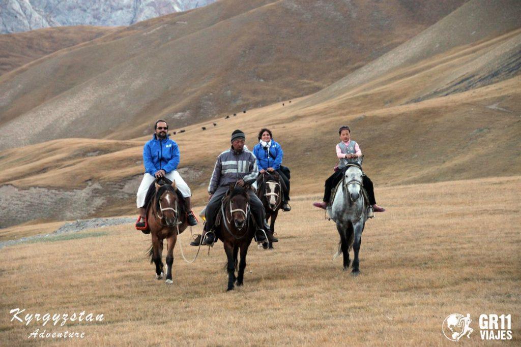 Viaje A Kirguistan En 4x4 Moto 069